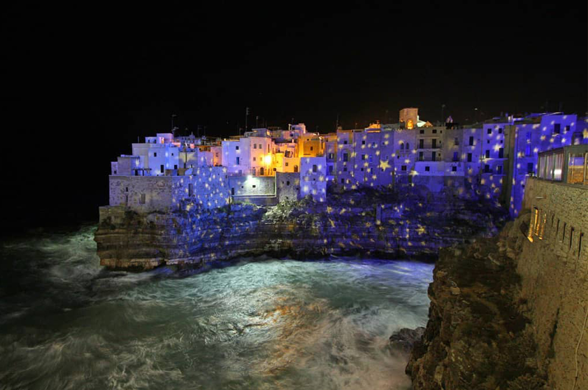 Un Meraviglioso Natale a Polignano: nel centro storico le bellissime luminarie